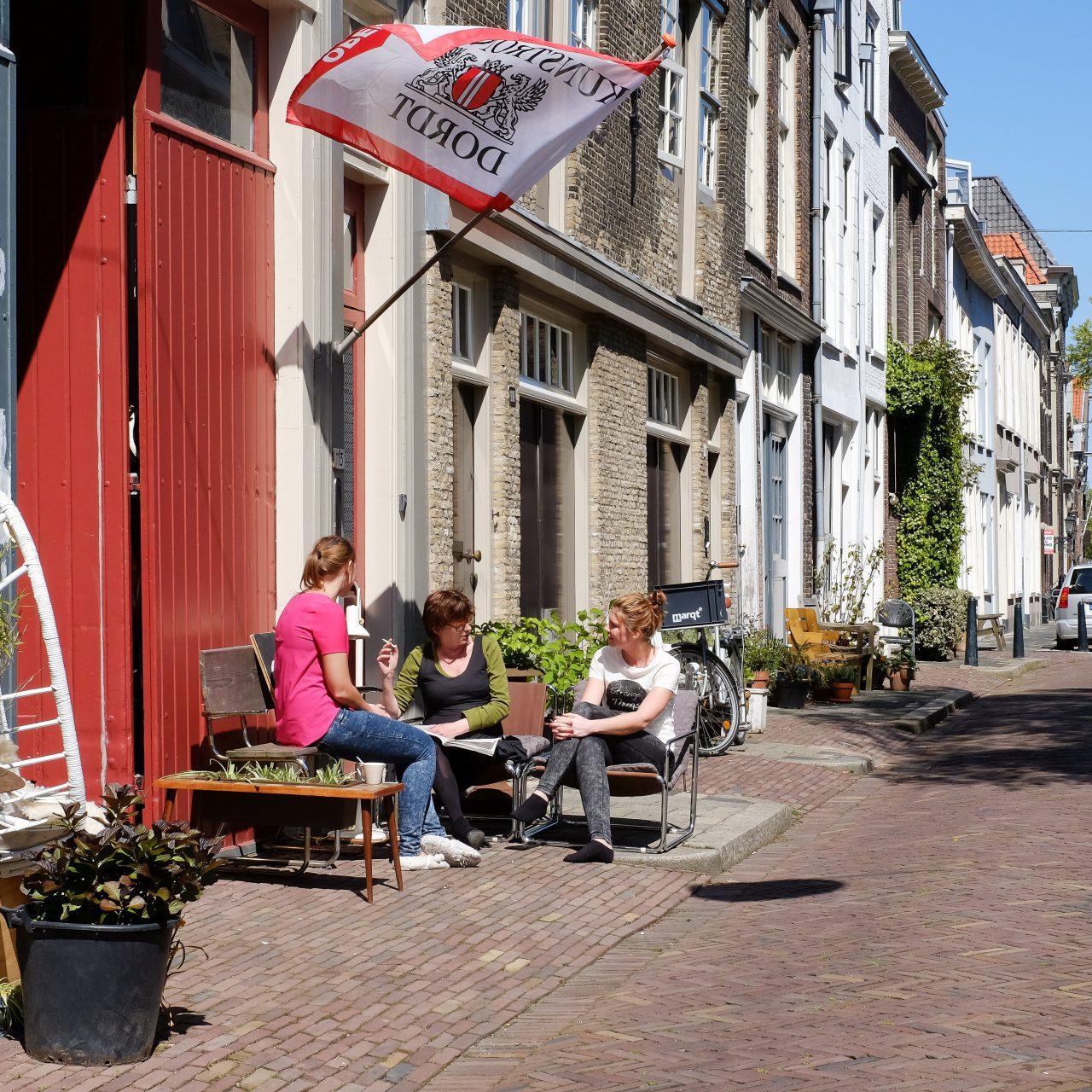 Dordrecht - stadsbeeld - Kunstrondje Dordt - Hoge Nieuwstraat