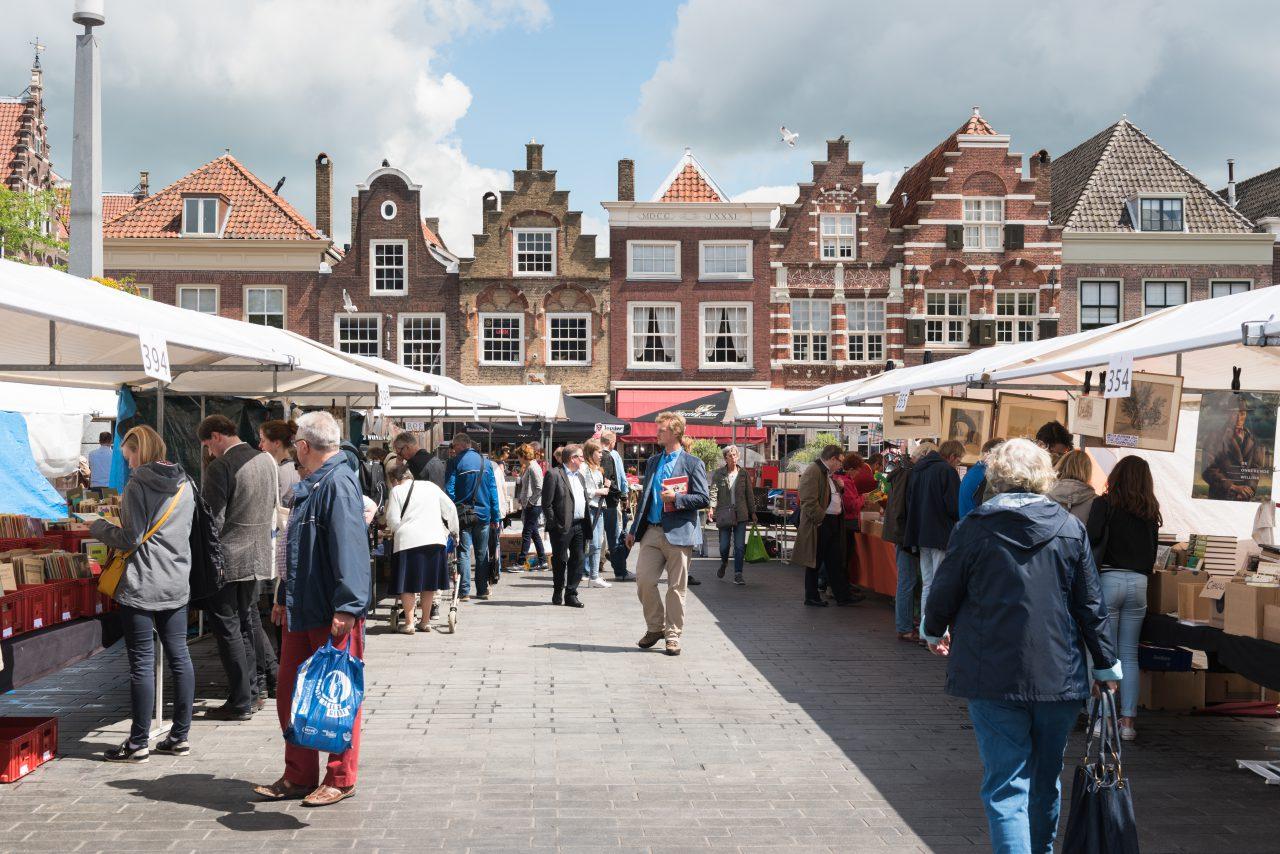 Dordtse Boekenmarkt - Dordrecht - evenementen - Statenplein - Nieuwstraat