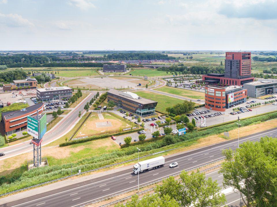 Economie - Amstelwijck Business Park - Hotel Restaurant Van der Valk - Trust - BluJay - Alphatron - A16