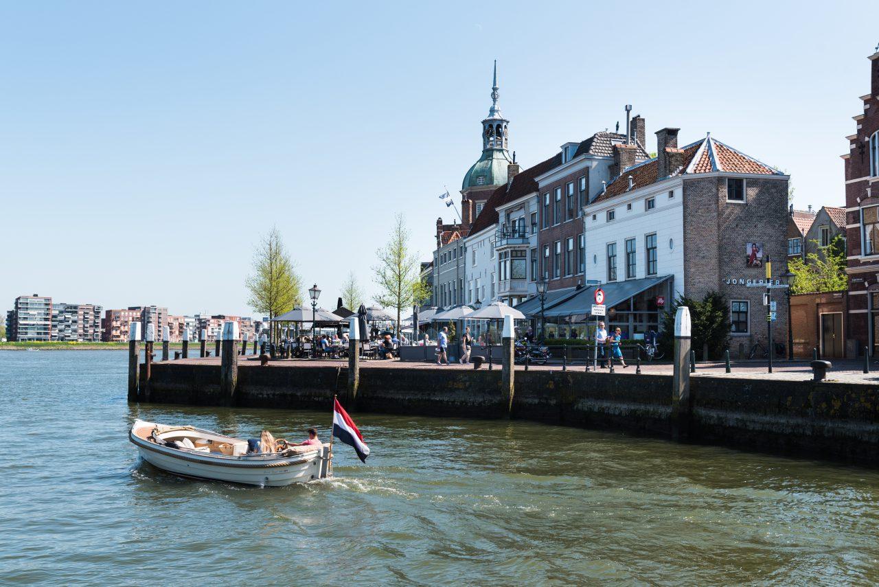 Groothoofd - Dordrecht - toerisme - Groothoofdspoort - drierivierenpunt - boot - water - varen